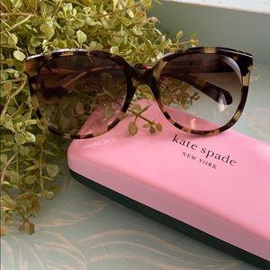 "KATE Spade ♠️ ""Bayleigh"" tortoise sunglasses"